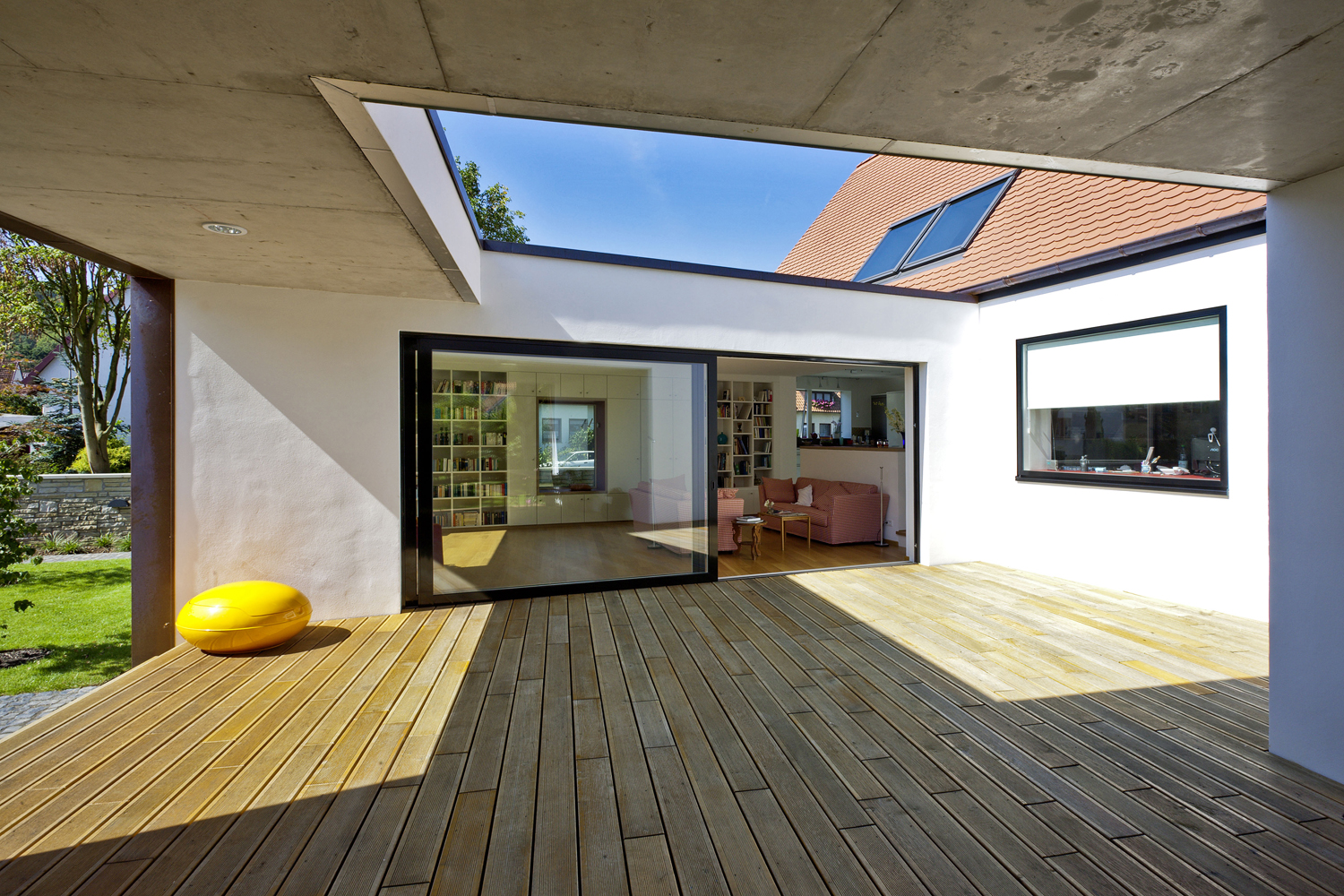 HAUS + 2009 – Project